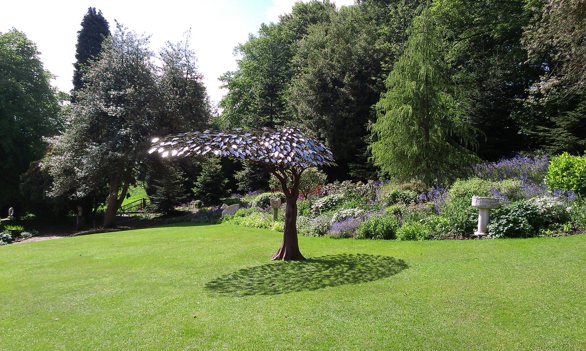 Arbour Metallum windswept tree sculpture steel and stainless steel sculpture bespoke sculpture for architects by Mark Reed (1)