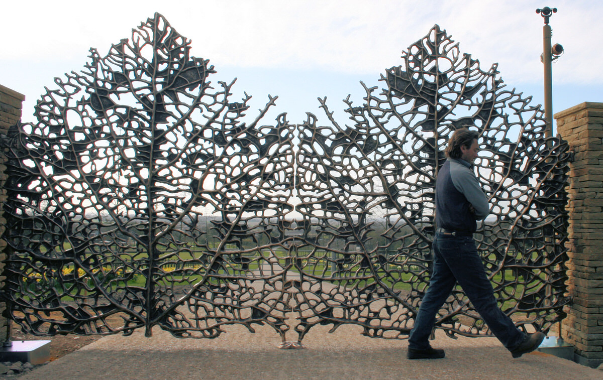 Skeleton leaf gates bronze bespoke driveway estate gates for specifiers, landscape designers and architects by Mark Reed