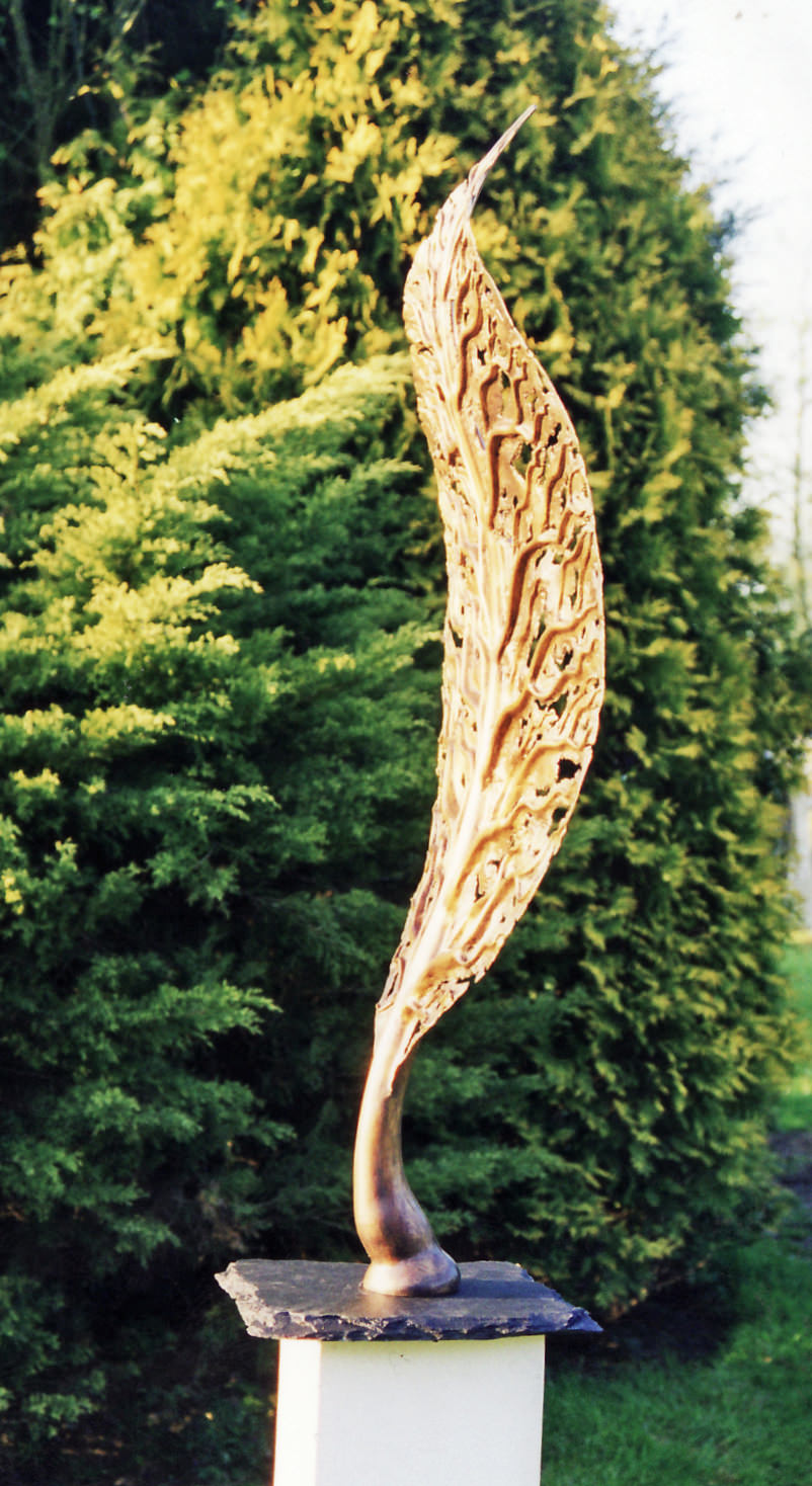 life leaf side bronze sculpture wanas foundation corporate sculpture sculpture comission by Mark Reed_edited-1