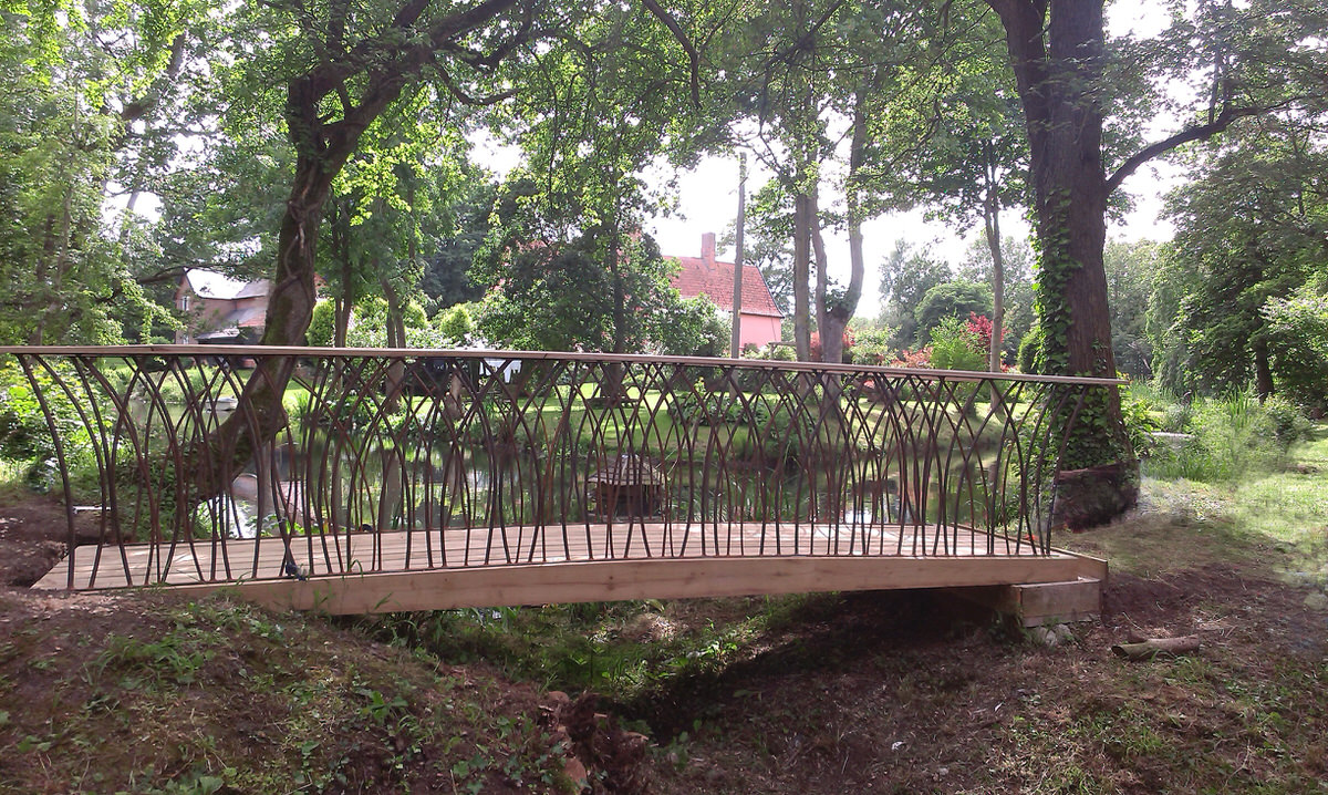 Prince's Trust Bridge for HRH Prince Charles commissioned for Gold medal winning show garden Chelsea Flower Show by Mark Reed